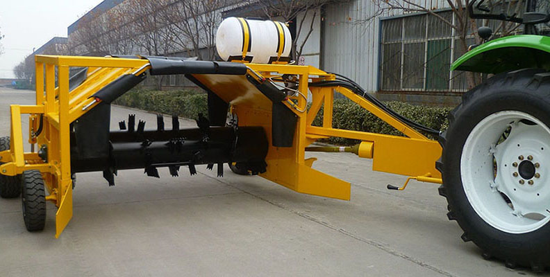 TOWABLE COMPOST TURNER